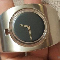 Relojes - Swatch: RELOJ BRAZALETE POP SWATCH - FUNCIONANDO CORRECTAMENTE. Lote 182410081