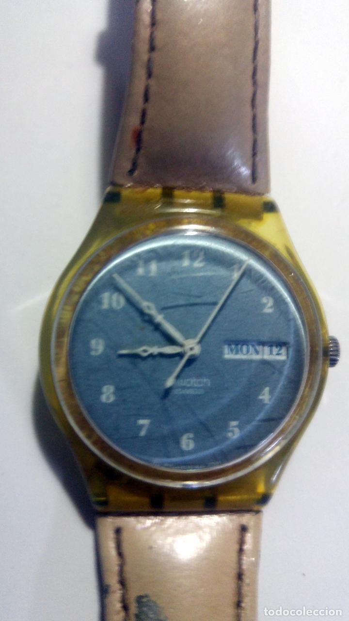 RELOJ SWATCH 4X3,5CMS. CON CALENDARIO SWISS. CORREA ORIGINAL DE PIEL (Relojes - Relojes Actuales - Swatch)
