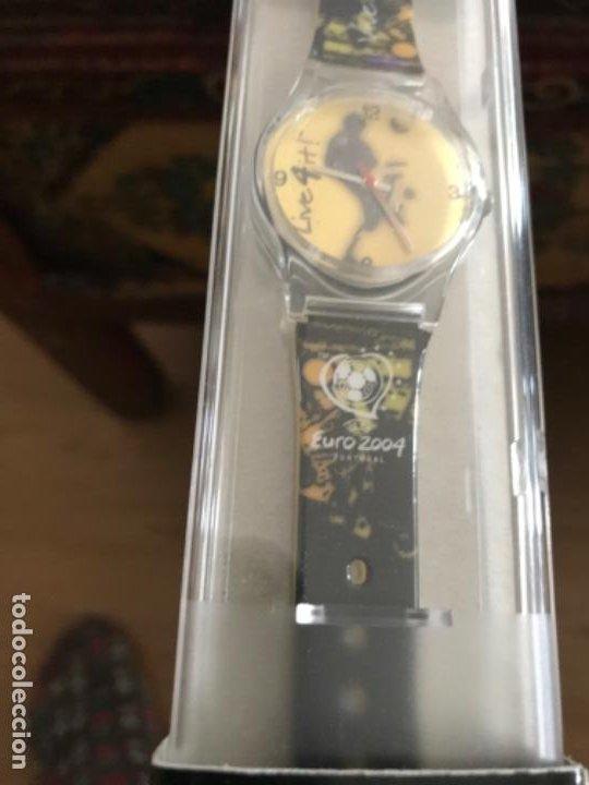 Relojes - Swatch: Reloj Tipo Swatch Conmemorativo Uefa Euro 2004. Portugal. Licencia oficial. Sin estrenar - Foto 6 - 197899825