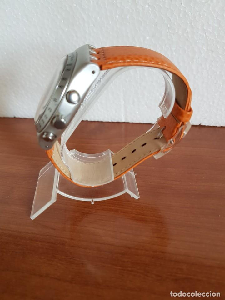 Relojes - Swatch: Reloj caballero SWATCH Irony crono de cuarzo Suizo correa naranja, funcionando para su uso diario. - Foto 6 - 202584145