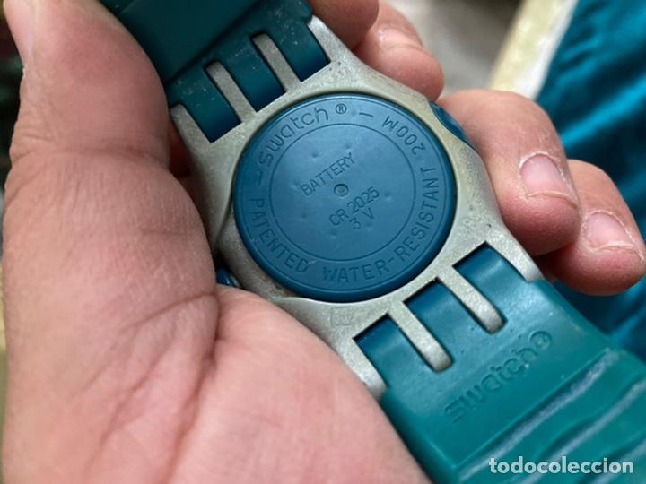 Relojes - Swatch: Reloj años 90 Swatch Rip Tide (SUGM102) fun scoba con resistencia al agua (200 metros / 650 pies) - Foto 6 - 229127726
