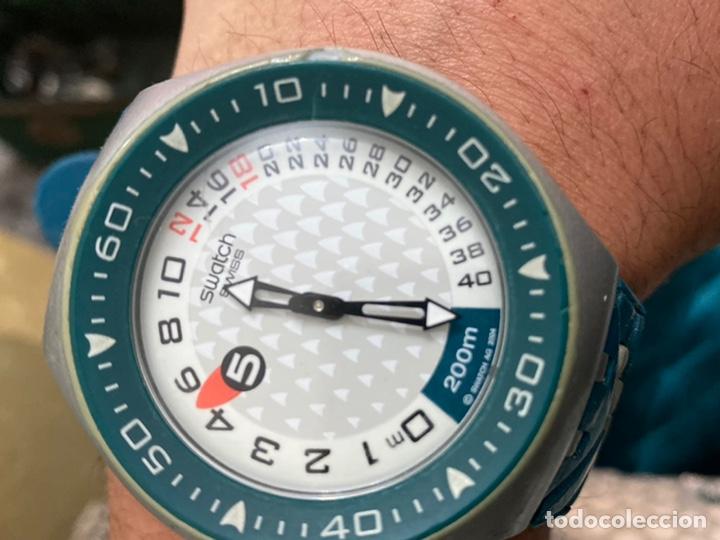 Relojes - Swatch: Reloj años 90 Swatch Rip Tide (SUGM102) fun scoba con resistencia al agua (200 metros / 650 pies) - Foto 15 - 229127726