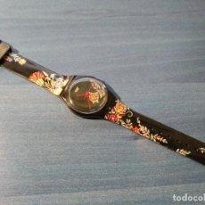 Relojes - Swatch: RELOJ SWATCH HERE COMES THE DRIZZLE. GB214. 2003 (FUNCIONANDO, PILA NUEVA). Lote 236704410