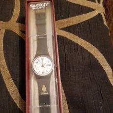 Relógios - Swatch: RELOJ SWATCH AG 1999 , CON ESCUDO DEL SENADO ,A ESTRENAR. Lote 262640570