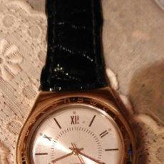 Relojes - Swatch: M136 RELOJ SWATCH SWSS CORREA CHAROL NEGRA ORIGINAL - FALTA ROSCA MOVER AGUJAS - SIN COMPROBAR. Lote 274897338