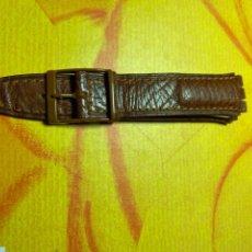 Relojes - Swatch: CORREA PARA RELOJ SWATCH PIEL MARRÓN NUEVA. Lote 292505658