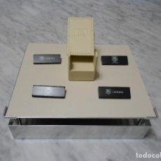Relojes - Tag Heuer: TAG HEUER EXPOSITOR ORIGINAL OFICIAL METAL MADERA Y PIEL DISPLAY LOGOTIPO BEIGE CROMADO. Lote 217054627