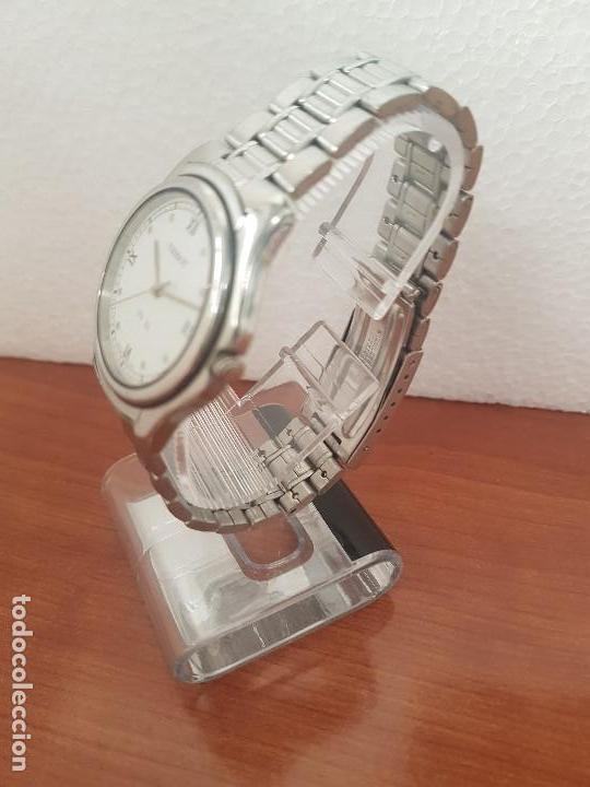 Relojes - Tissot: Reloj caballero Tissot de cuarzo Suizo acero, calendario a las tres, correa de acero original Tissot - Foto 5 - 173448564