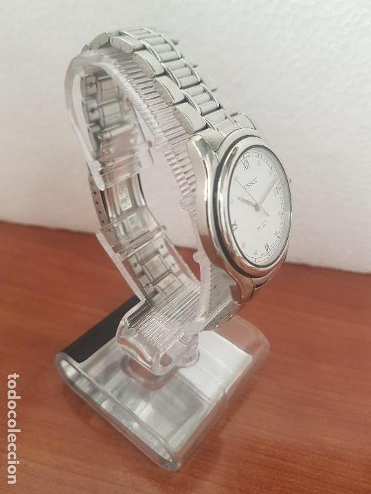 Relojes - Tissot: Reloj caballero Tissot de cuarzo Suizo acero, calendario a las tres, correa de acero original Tissot - Foto 7 - 173448564