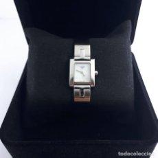 Relojes - Tissot: RELOJ TISSOT MOTHER OF PEARL PARA MUJER, MODELO L950, 2010, PERFECTO ESTADO. CAJA DE RELOJ.. Lote 160320726