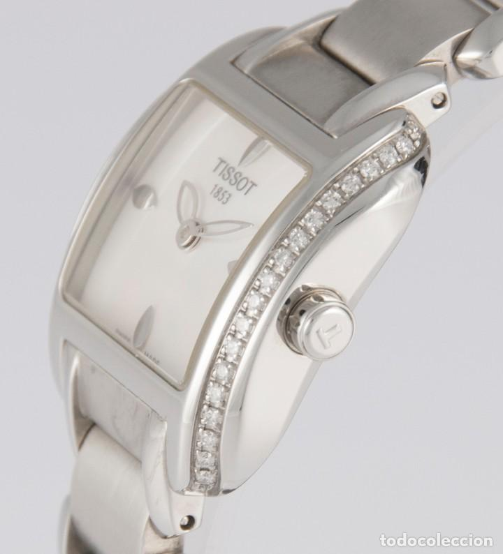 Relojes - Tissot: Tissot T-Wave Ladies Steel and Diamonds Square MOP Dial T02.1.385.82 NOS (New Old Stock) - Foto 8 - 217477193
