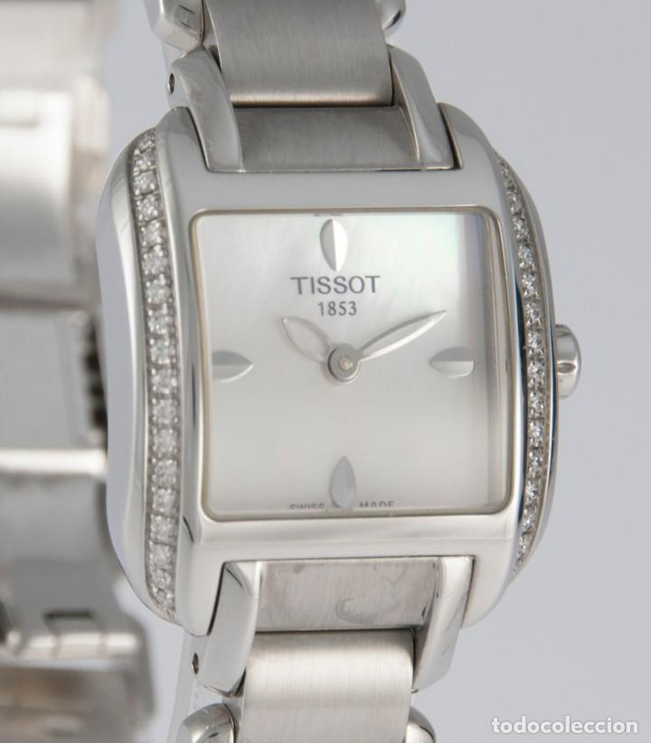 Relojes - Tissot: Tissot T-Wave Ladies Steel and Diamonds Square MOP Dial T02.1.385.82 NOS (New Old Stock) - Foto 4 - 217477193