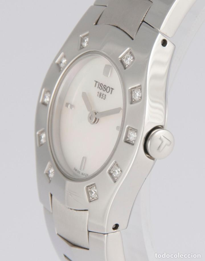 Relojes - Tissot: Tissot T-Round Steel and Diamonds MOP Dial Quartz 26mm T64.1.685.1 - Foto 5 - 217487356