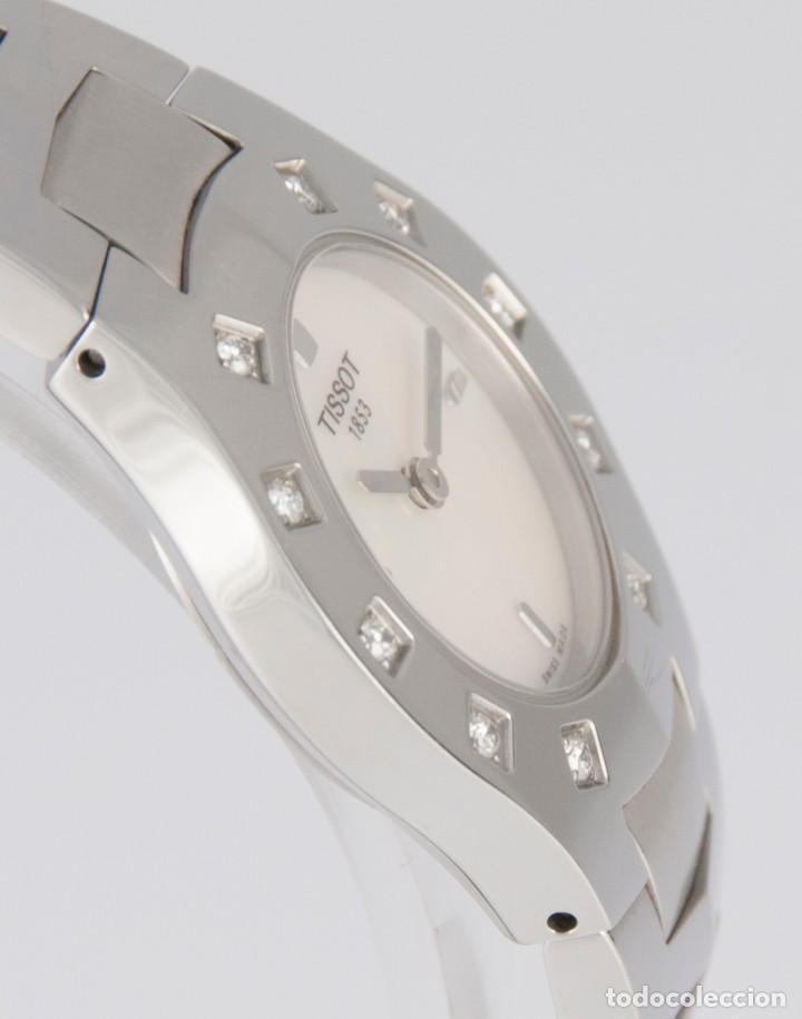 Relojes - Tissot: Tissot T-Round Steel and Diamonds MOP Dial Quartz 26mm T64.1.685.1 - Foto 9 - 217487356