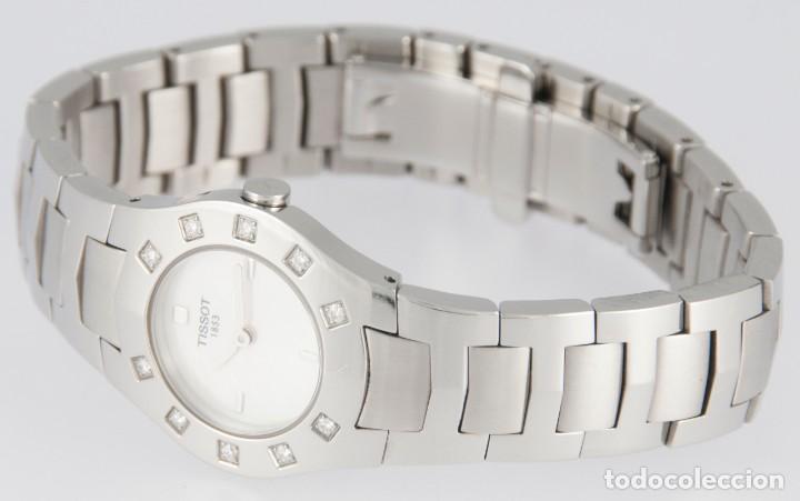 Relojes - Tissot: Tissot T-Round Steel and Diamonds MOP Dial Quartz 26mm T64.1.685.1 - Foto 11 - 217487356