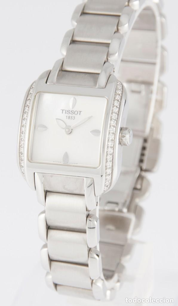 Relojes - Tissot: Tissot T-Wave Ladies Steel and Diamonds Square MOP Dial T02.1.385.82 NOS (New Old Stock) - Foto 2 - 217477193