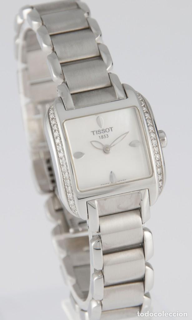 Relojes - Tissot: Tissot T-Wave Ladies Steel and Diamonds Square MOP Dial T02.1.385.82 NOS (New Old Stock) - Foto 5 - 217477193