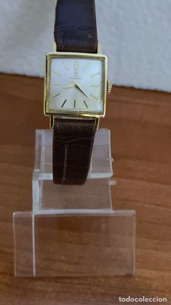 RELOJ SEÑORA TISSOT DE CUERDA MANUAL CHAPADO DE ORO 20 MICRAS, ESFERA BLANCA, CORREA DE CUERO MARRÓN (Relojes - Relojes Actuales - Tissot)