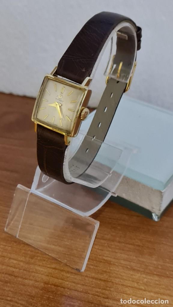Relojes - Tissot: Reloj señora TISSOT de cuerda manual chapado de oro 20 micras, esfera blanca, correa de cuero marrón - Foto 4 - 243353510