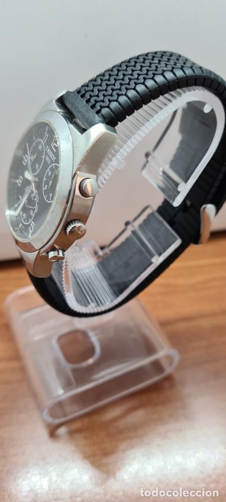 Relojes - Tissot: Reloj caballero (Vintage) Tissot de cuarzo Suizo acero, calendario cuatro, correa de goma negra nuev - Foto 8 - 253889025