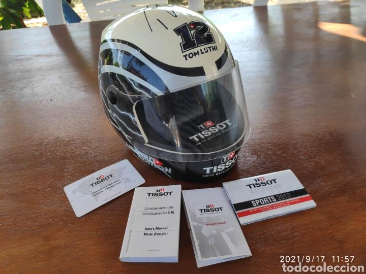 PIEZA ÚNICA CAJA CASCO TISSOT T-RACE 2012 FIRMADO AUTOGRAFO ORIGINAL THOMAS TOM LUTHI MOTO GP (Relojes - Relojes Actuales - Tissot)