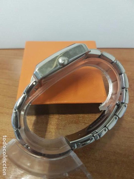Relojes - Viceroy: Reloj de caballero cuarzo marca VICEROY, calendario a las tres horas, correa original VICEROY - Foto 8 - 82123220