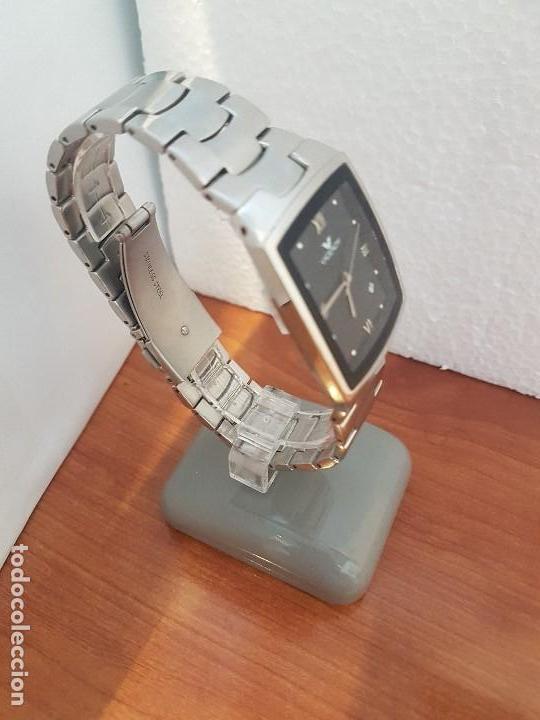 Relojes - Viceroy: Reloj caballero de cuarzo marca VICEROY esfera negra con calendario entre las 4 y 5 correa acero - Foto 6 - 133254514