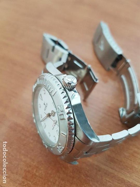 Relojes - Viceroy: Reloj caballero VICEROY de cuarzo con correa de acero original, esfera blanca, bisel giratorio - Foto 15 - 138607466