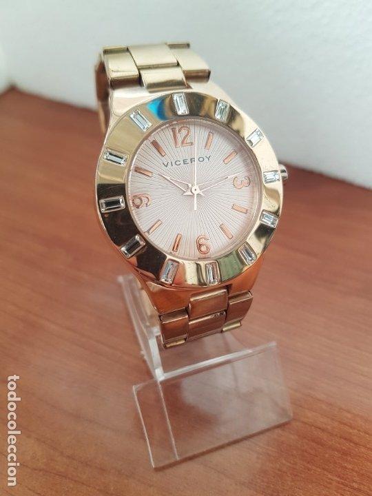 Relojes - Viceroy: Reloj unisex de cuarzo VICEROY chapado de oro con circonitas alrededor de la caja, correa VICEROY - Foto 3 - 178193475
