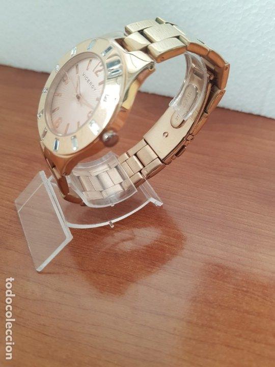 Relojes - Viceroy: Reloj unisex de cuarzo VICEROY chapado de oro con circonitas alrededor de la caja, correa VICEROY - Foto 4 - 178193475