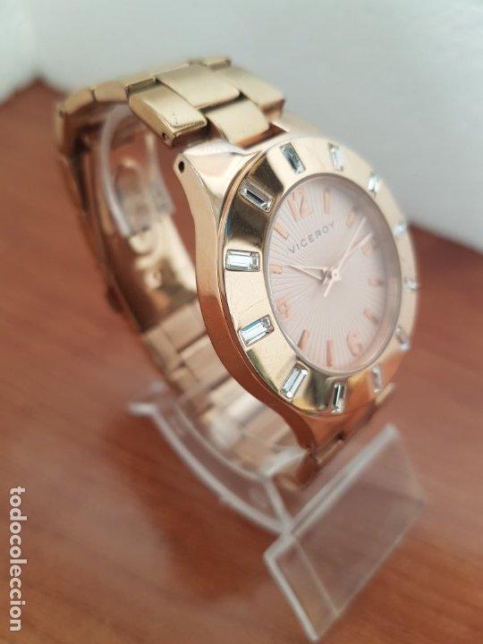 Relojes - Viceroy: Reloj unisex de cuarzo VICEROY chapado de oro con circonitas alrededor de la caja, correa VICEROY - Foto 7 - 178193475