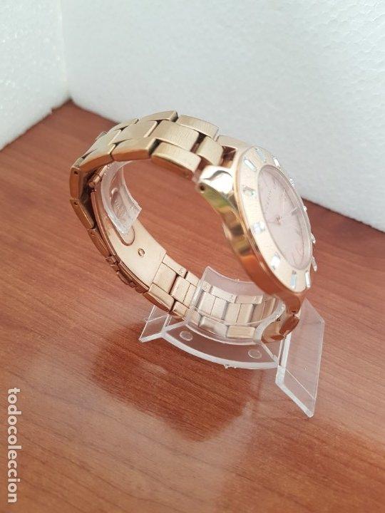 Relojes - Viceroy: Reloj unisex de cuarzo VICEROY chapado de oro con circonitas alrededor de la caja, correa VICEROY - Foto 9 - 178193475