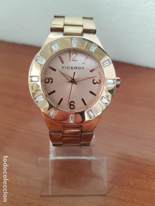 Relojes - Viceroy: Reloj unisex de cuarzo VICEROY chapado de oro con circonitas alrededor de la caja, correa VICEROY - Foto 11 - 178193475