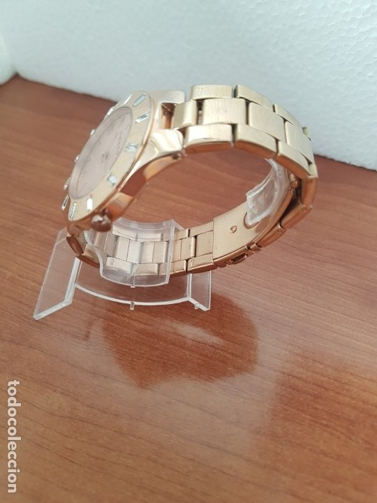 Relojes - Viceroy: Reloj unisex de cuarzo VICEROY chapado de oro con circonitas alrededor de la caja, correa VICEROY - Foto 12 - 178193475