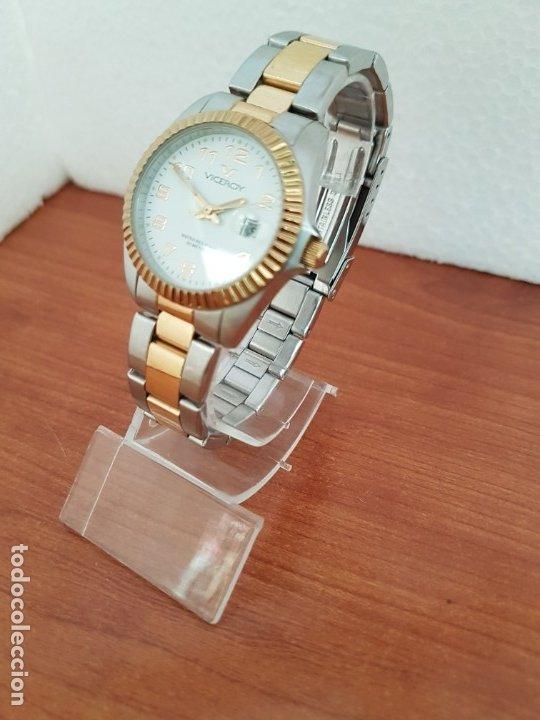 Relojes - Viceroy: Reloj señora de cuarzo VICEROY, acero y chapado de oro, calendario a las tres, correa bicolor - Foto 2 - 178272995