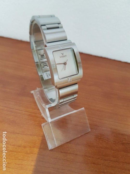 Relojes - Viceroy: Reloj de señora de cuarzo VICEROY en acero, esfera blanca, con correa original VICEROY - Foto 3 - 178445117