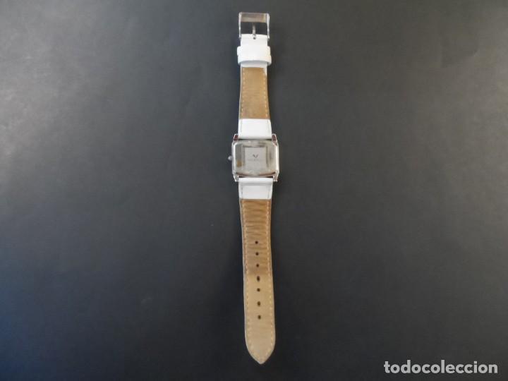 Relojes - Viceroy: RELOJ SEÑORA CORREA CUERO BLANCO EN ACERO BRILLO. VICEROY. QUARTZ. SIGLO XXI - Foto 4 - 191283766