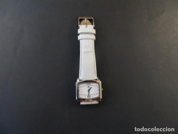 Relojes - Viceroy: RELOJ SEÑORA CORREA CUERO BLANCO EN ACERO BRILLO. VICEROY. QUARTZ. SIGLO XXI - Foto 6 - 191283766