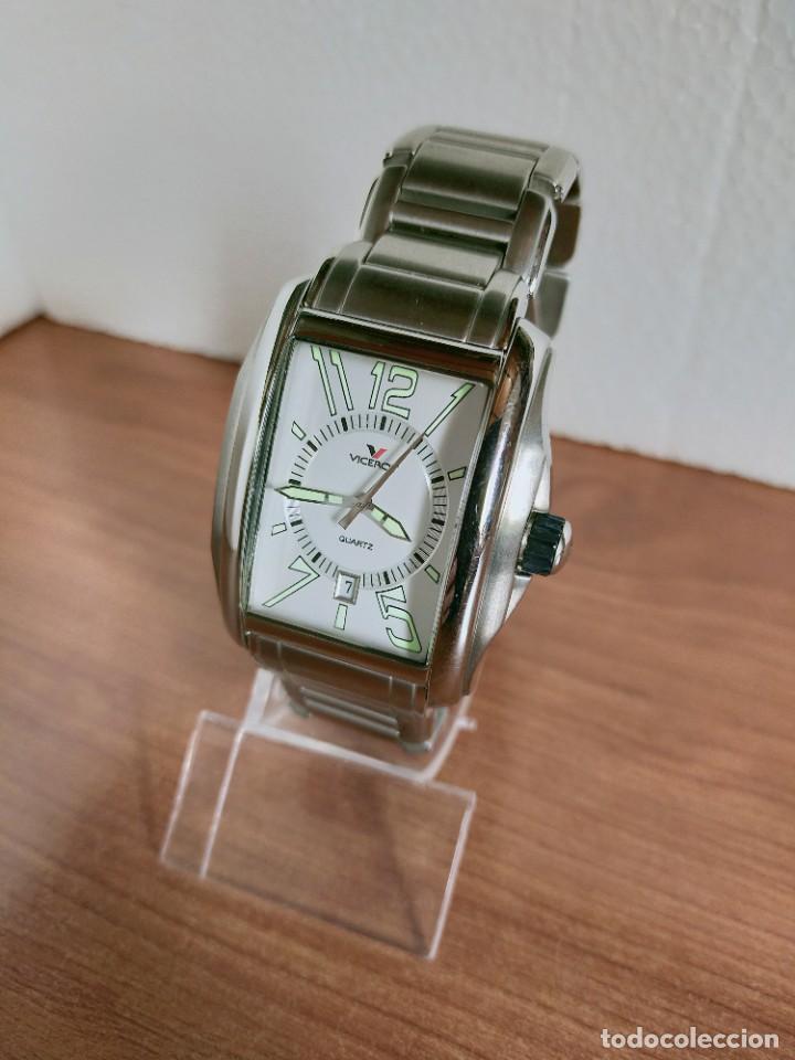 Relojes - Viceroy: Reloj caballero cuarzo VICEROY de acero con calendario a las seis horas, correa acero con anagrama - Foto 2 - 213350150