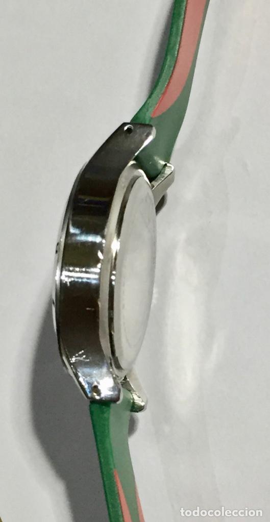 Relojes - Zenith: HEAD (MARCA DEPORTIVA ) CAJA DE ACERO, 34 M/M.Ø MAQUINA MIYOTA QUARTZ. PULSERA NUEVA ( VER FOTOS ) - Foto 4 - 138804578
