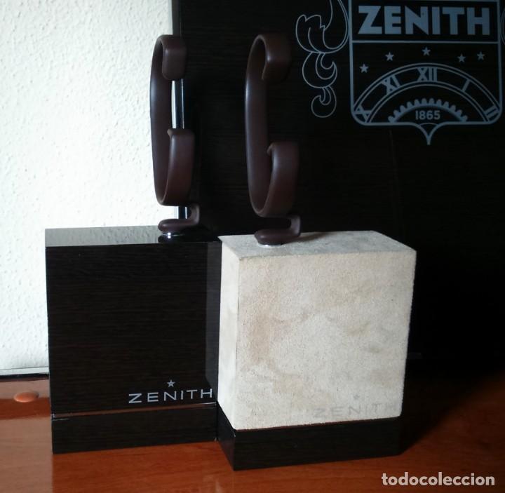 Relojes - Zenith: Espectacular expositor oficial de relojes Zenith. 2 traseras + 2 tacos con sus flejes. El primero. - Foto 5 - 153098158