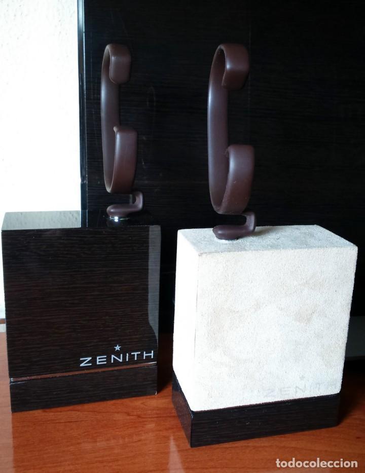 Relojes - Zenith: Espectacular expositor oficial de relojes Zenith. 2 traseras + 2 tacos con sus flejes. El primero. - Foto 6 - 153098158
