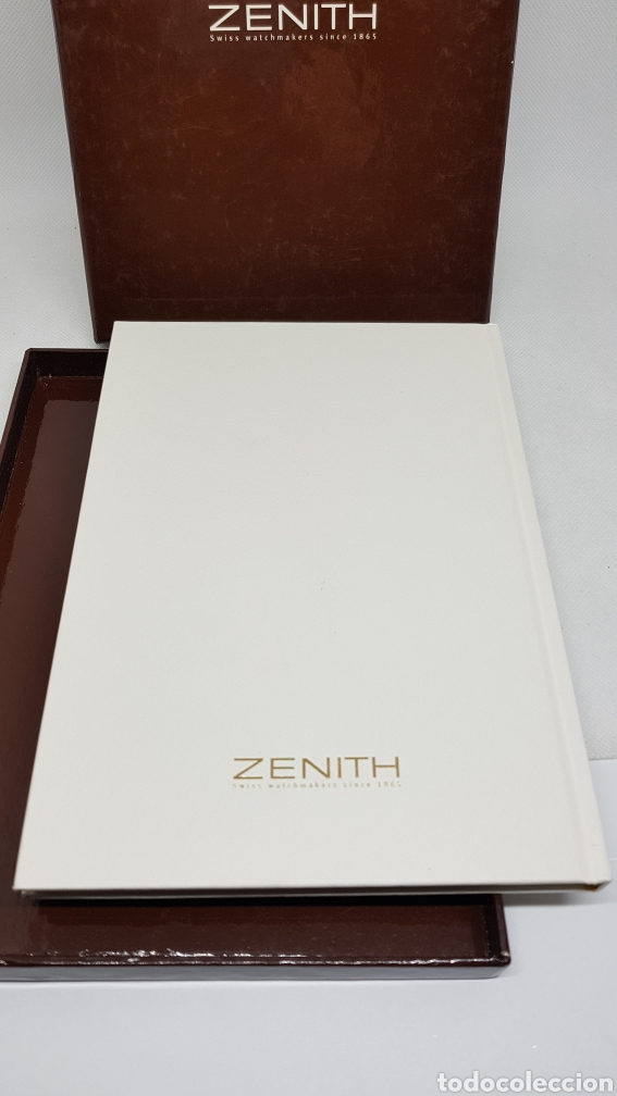 Relojes - Zenith: CATALOGO RELOJ ZENITH COLECCION 2001 CON SOBRE ESTUCHE SIN USO - Foto 2 - 260751100