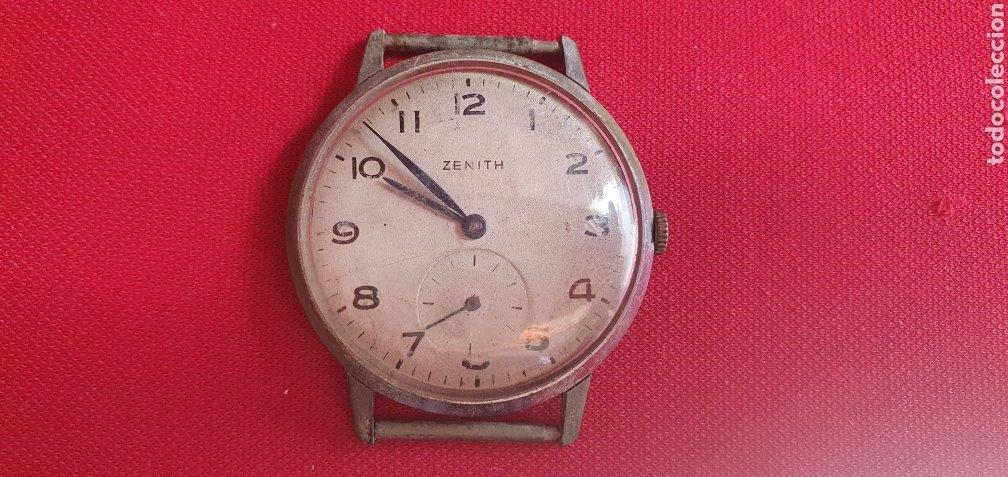 RELOJ ZENITH TIENE LA CORONA SUELTO NO FUNCIONA.MIDE 35 MM DIAMETRO (Relojes - Relojes Actuales - Zenith)