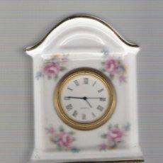 Relojes: BONITO RELOJ DE COLECCION DE PORCELANA EN PERFECTO FUNCIONAMIENTO . Lote 20432379