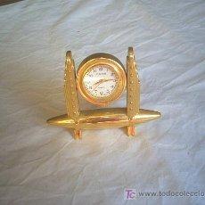 Relojes: PEQUEÑO RELOJ DE MESA. Lote 7610123