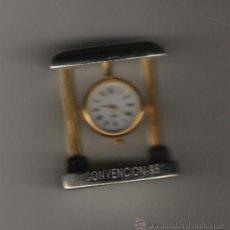 Relojes: PRECIOSO RELOJ DE COLECCION DE 5 CM. DE ALTURA PLATEADO Y DORADO . Lote 18790271