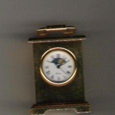 Relojes: PRECIOSO RELOJ DE COLECCION DE 5 CM. DE ALTURA Y ESFERA LUNAR TODO EN BRONCE . Lote 21864770
