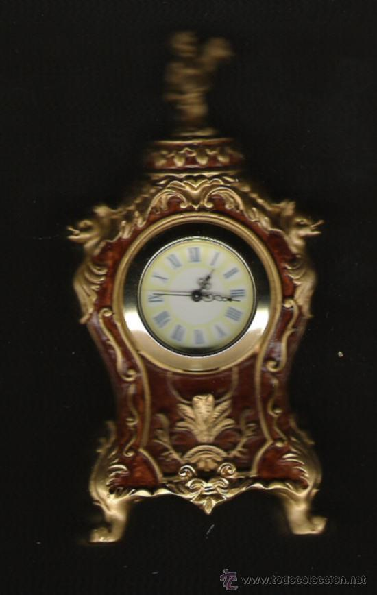 PRECIOSO RELOJ DE COLECCION DE DE 13 CM. DE ALTURA 6 CM. ANCHURA DORADO Y MARRON (Relojes - Relojes Actuales - Otros)