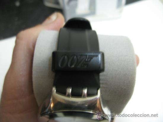 Relojes: Reloj Swatch acero correa y caja instrucciones original Modelo Bond 007 año 2001 - funcionando - Foto 3 - 26595009